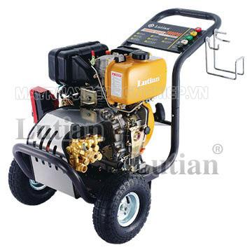 Máy rửa xe chạy dầu Diesel Lutian 18D35-10C