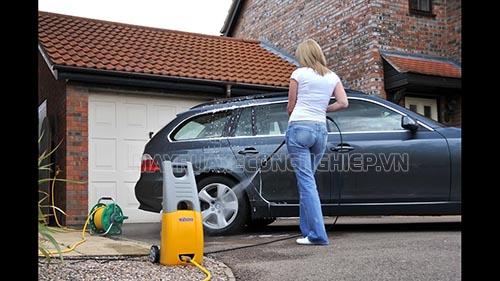 Tùy theo nhu cầu sử dụng thì người dùng sẽ lựa chọn loại máy rửa xe giá rẻ có công suất phù hợp