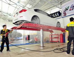 Máy rửa xe – một trong những máy nhất định phải có khi mở trung tâm rửa xe
