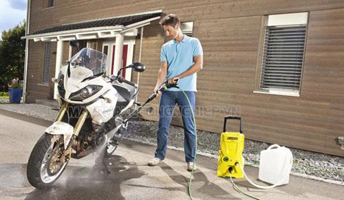 Máy rửa xe gia đình được ứng dụng nhiều hiện nay