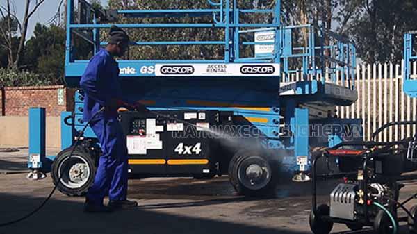 Máy rửa xe Lutian được nhiều người tiêu dùng ưa chuộng bởi chất lượng tốt, độ bền cao