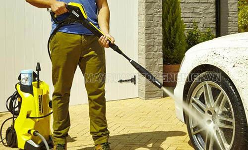 Người tiêu dùng nên lựa chọn máy rửa xe gia đình của các thương hiệu uy tín