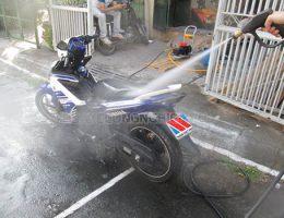 Rửa xe máy nhiều có tốt không, bao lâu nên rửa xe một lần?