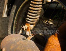 Một số nước tẩy rỉ sét xe máy phổ biến hiện nay