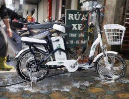 Một số lưu ý khi rửa xe đạp điện người dùng nên biết