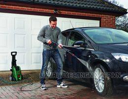 Rửa xe ô tô bằng gì sạch nhất và không làm hại sơn xe?