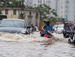 Nhận biết xe bị ngập nước và cách khắc phục nhanh chóng
