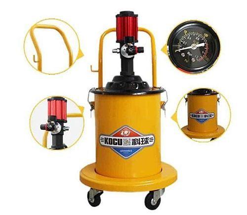 thiết bị máy bơm mỡ bằng hơi đang được sử dụng rất nhiều trong công nghiệp